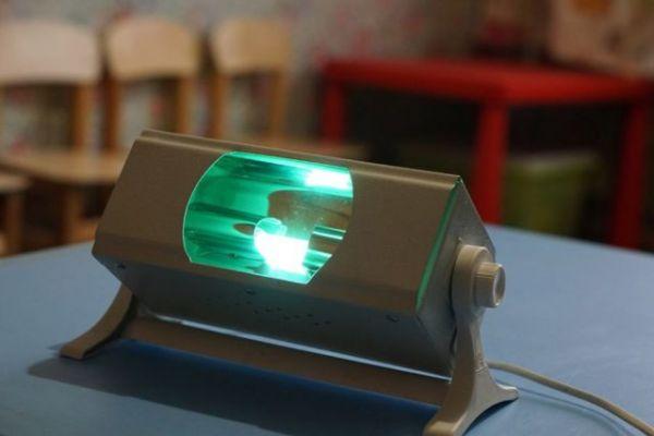 Кварцевая лампа: чем опасна для человека, вред, принцип действия, применение для дезинфекции, лечения кожных заболеваний